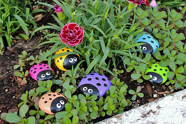 Ulepšajte svoju baštu bubamarama