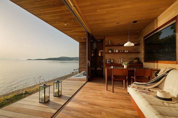 Za letovanje iz snova – iznajmite drvenu kućicu od 34 m2 na Halkidikiju