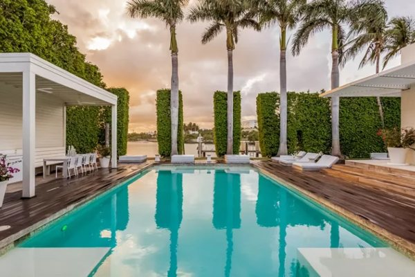 Zavirite u Šakirin savremeni dom u Majamiju
