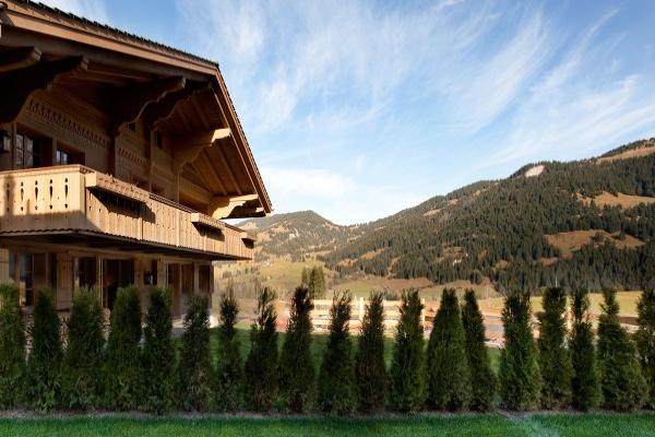 Švajcarska brvnara ne štedi na drvetu ali ni na eleganciji