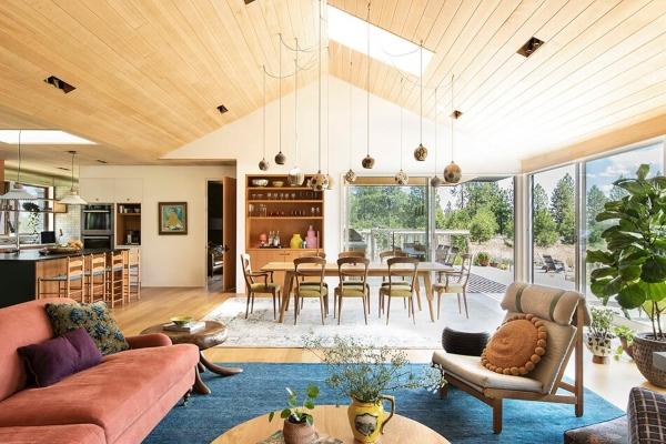 Kako stvoriti udoban dom i smestiti ga među drveće?