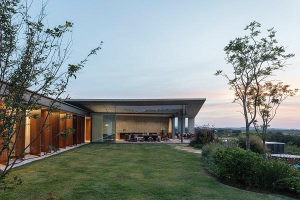 Poput top modela, Origami kuća iz svih uglova izgleda savršeno