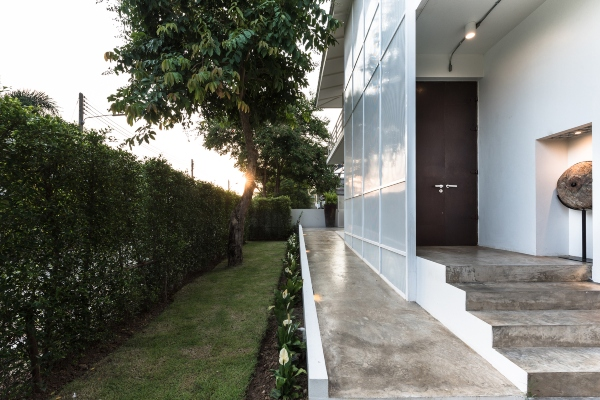 Moderni primerak tajlandske arhitekture prkosi ekstremnoj klimi