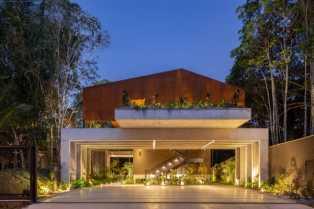 Pasivna održivost u punom sjaju: kuća u harmoniji sa svojim tropskim okruženjem